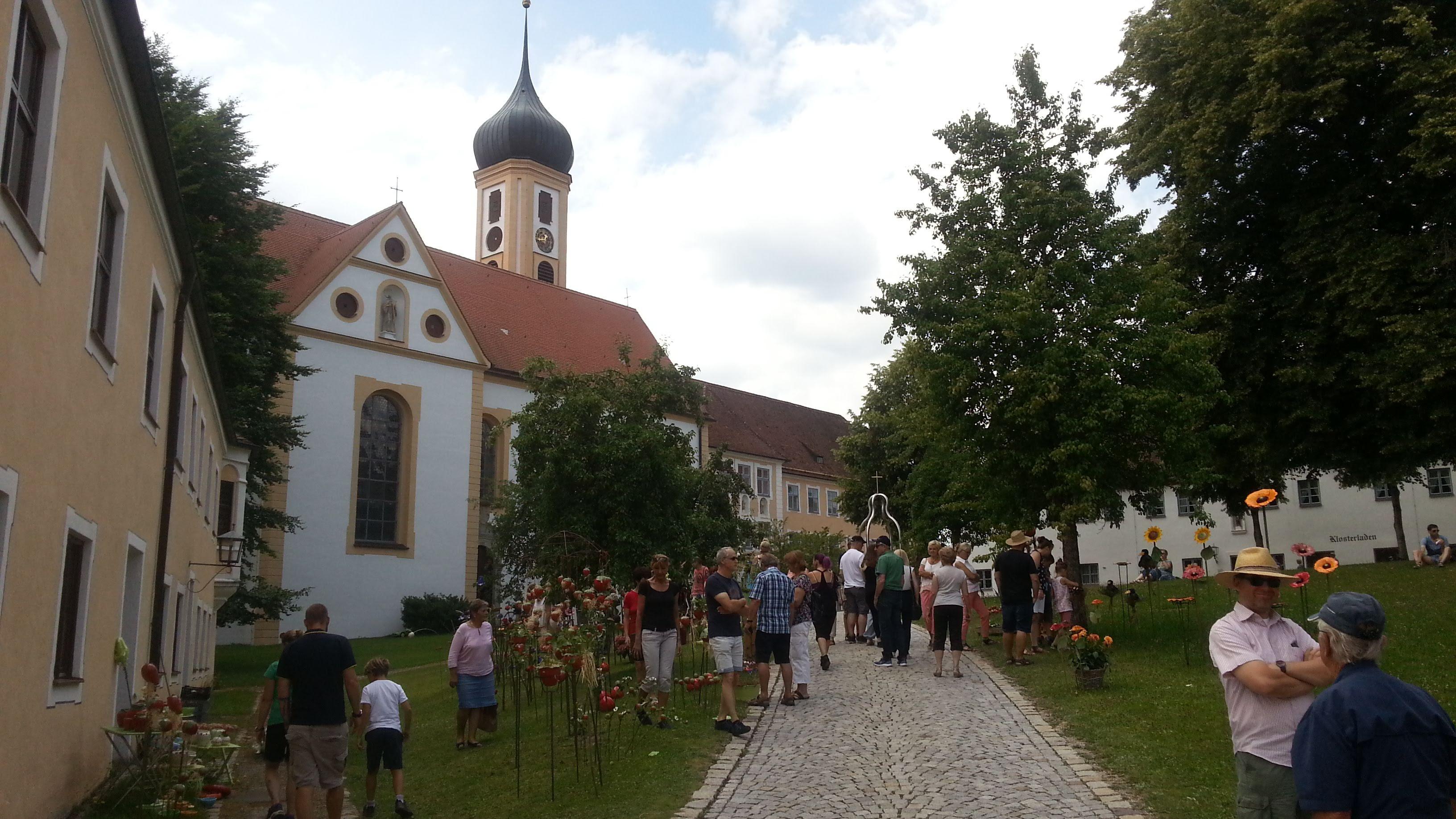 Töpfermarkt in Oberschönefeld